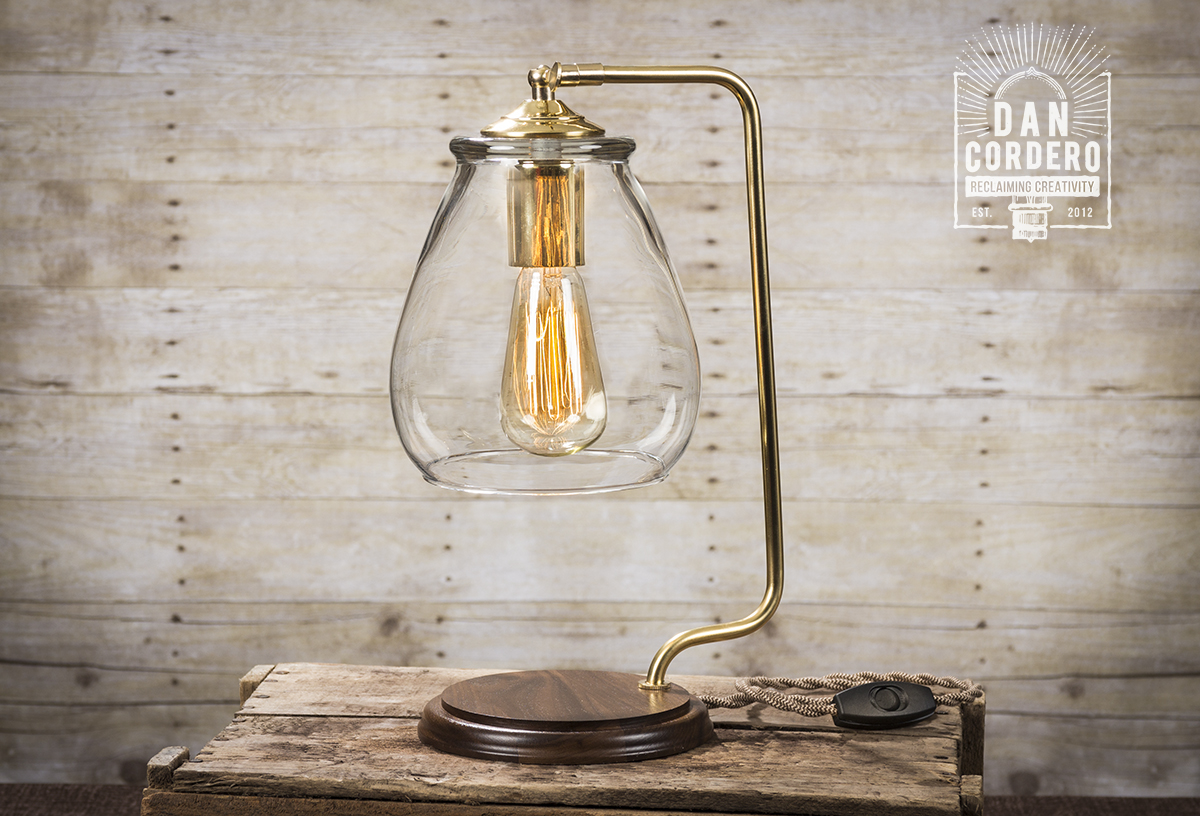Incroyable Glass Shade Edison Bulb Table Lamp U2013 Brass