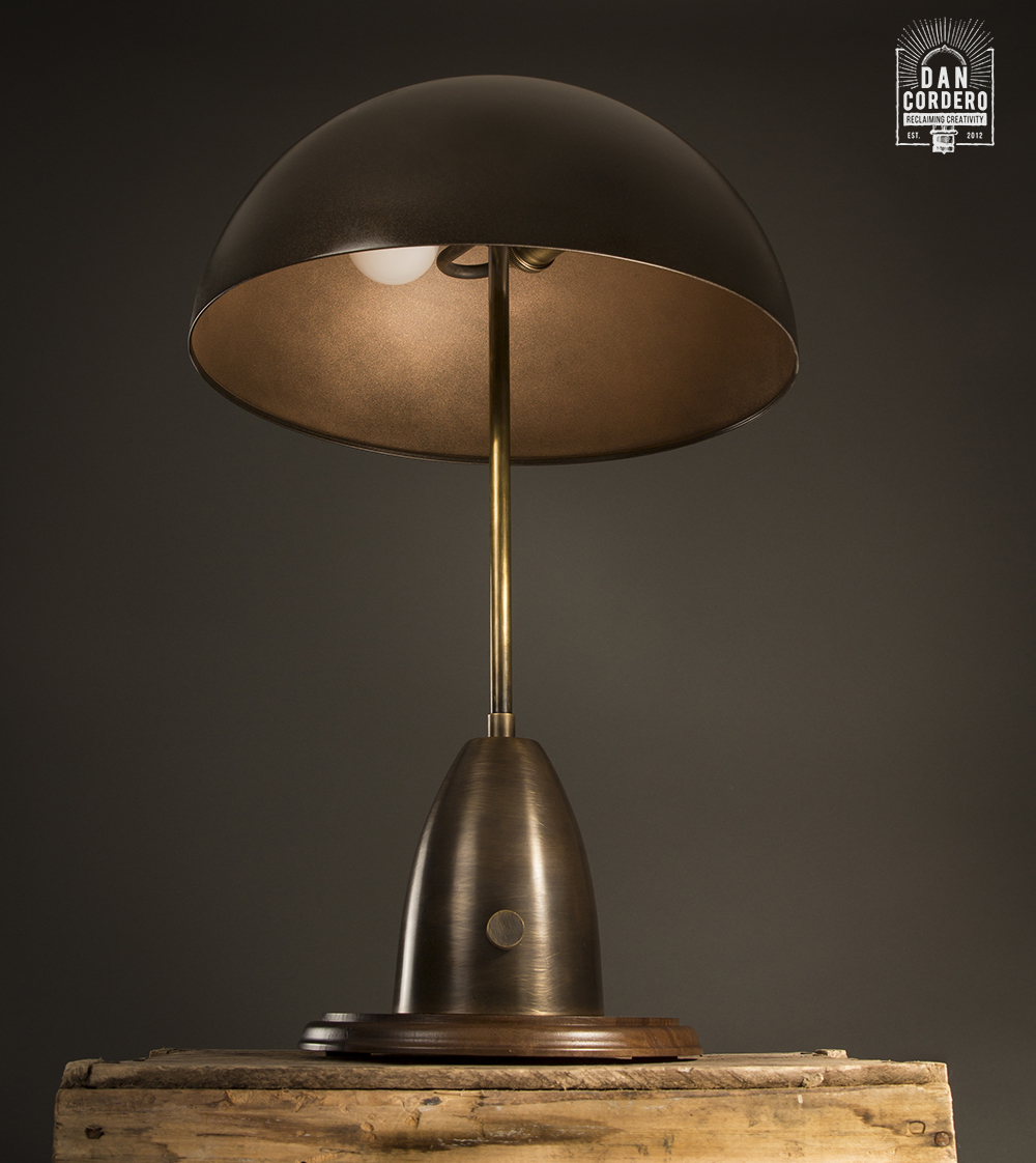 Apparatus Column Table Lamp