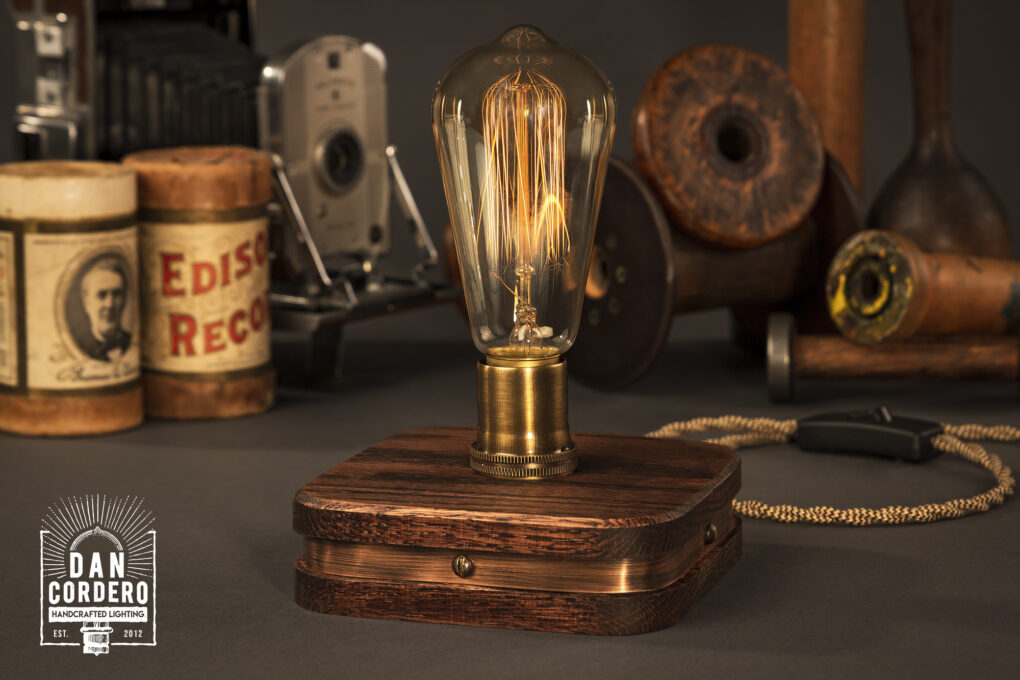 The Menlo Edison Desk Lamp