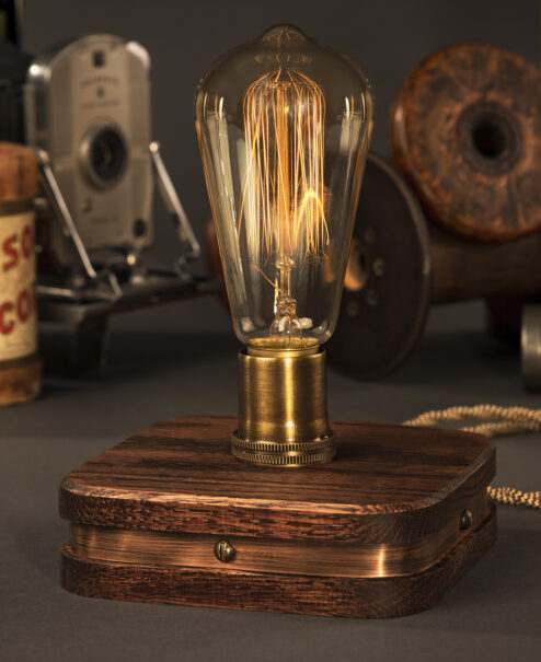 The Menlo Edison Desk Lamp