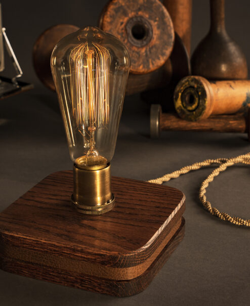 The Menlo Edison Table Lamp